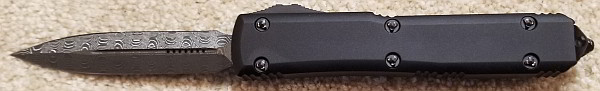 Microtech Ultratech D/E Signature Series Damascus Standard Ringed Hardware 122-16S